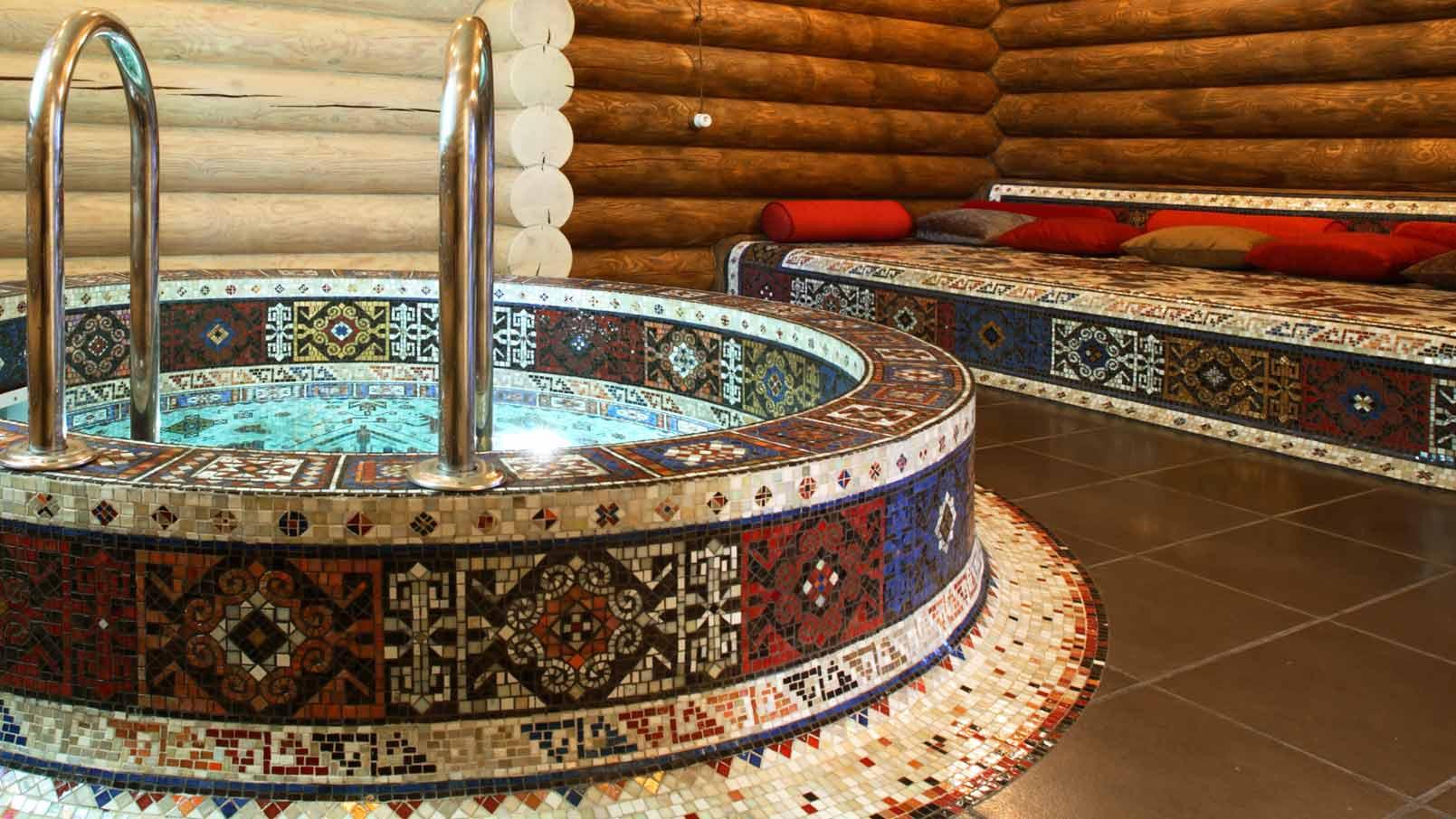 Русский кунилингус в бассейне бане 14 фотография
